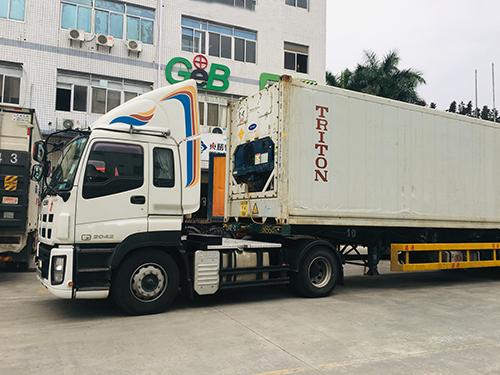 东胜物流运输卡车