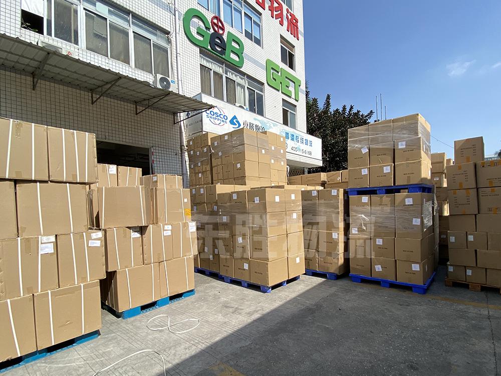 口罩/防护服运输到香港,东胜物流仓库防护用品装卸货